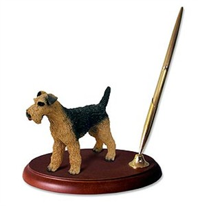Airedale Terrier Pen Holder