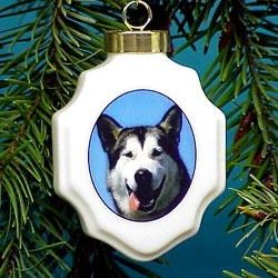 Alaskan Malamute Christmas Ornament
