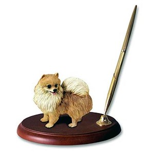 Pomeranian Pen Holder (Red)